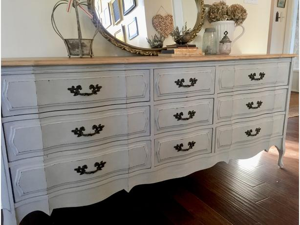 Newly refinished french style 9 drawer dresser!
