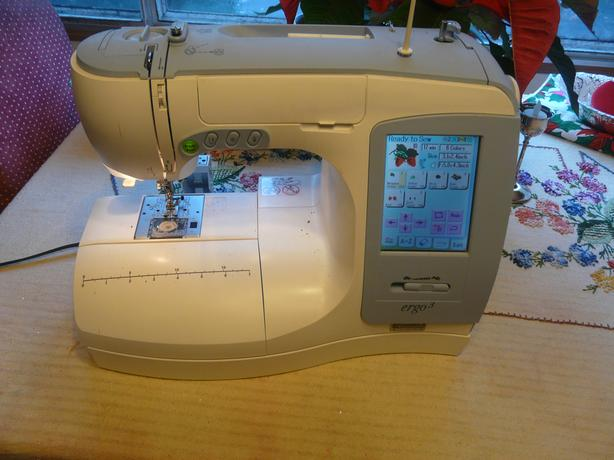 Kenmore Elite Embroidery/Sewing Machine