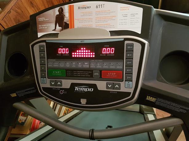 Treadmill - Tempo 611T