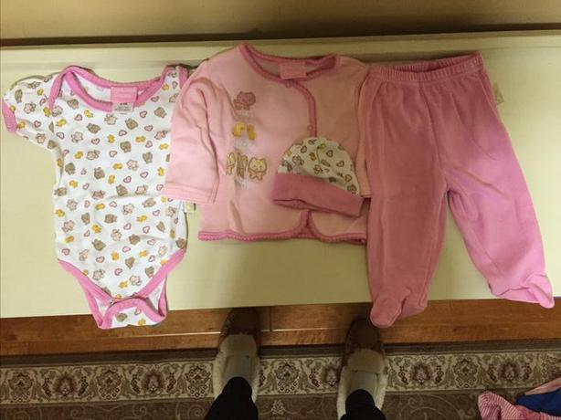 DUCK DUCK GOOSE OUTFIT 6-9 MONTHS