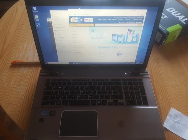 2014 17.3 Toshiba Laptop