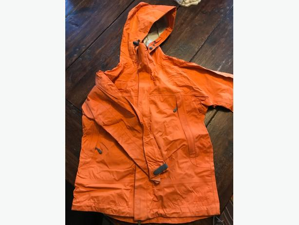 MEC Kids Raincoat Size 8