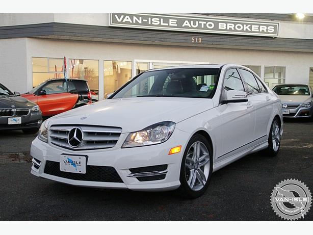 2013 MERCEDES-BENZ C250 54,000KM