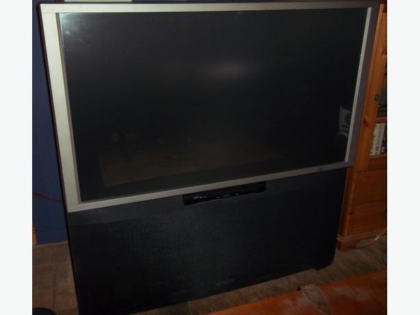 HITACHI Projection TV - 50""