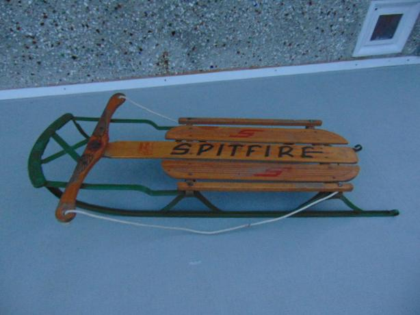 Snow Sled Toboggan Vintage 1950's Wood And Metal Spitfire Children's Age 1-4
