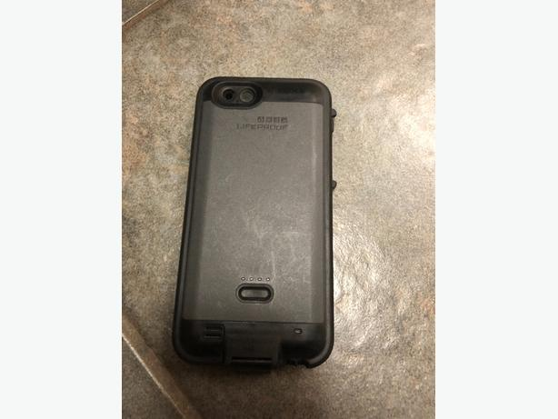 Iphone 6 Lifeproof charging case