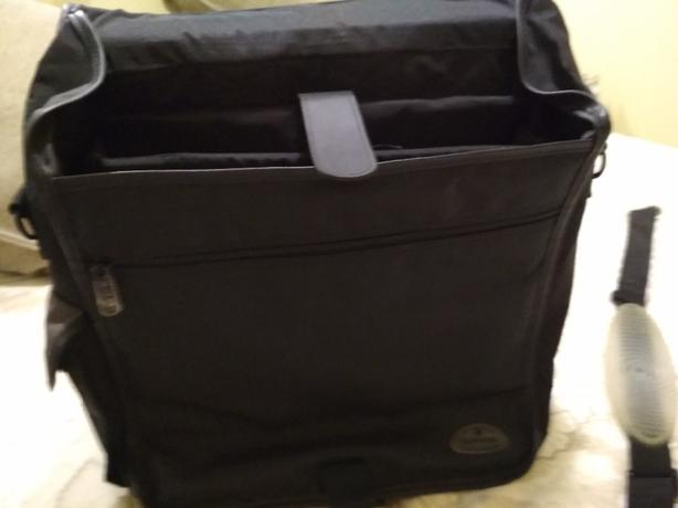 samsonite soft sided brief case laptop bag.