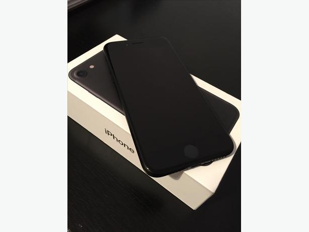 unlocked New condition 32G Met Black iPhone 7 - $650
