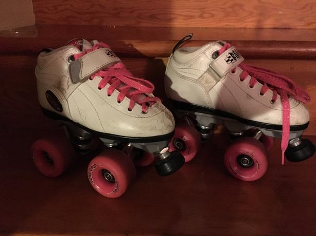 Awesome girls real deal Rollerskates - size 1