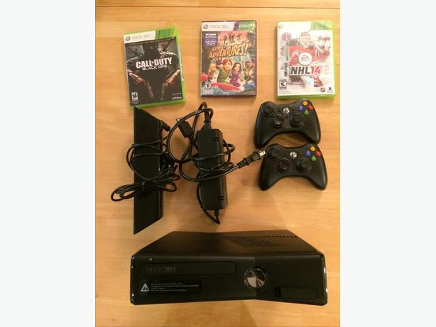 Xbox 360 Kinect, 2 controllers and 3 games