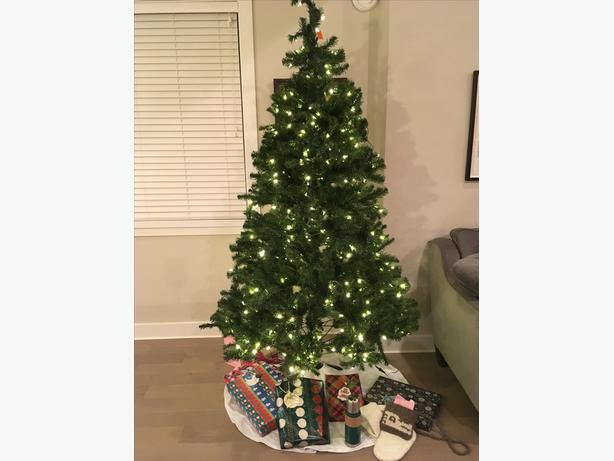 Artificial LED Christmas Tree (clear & multi-colour)