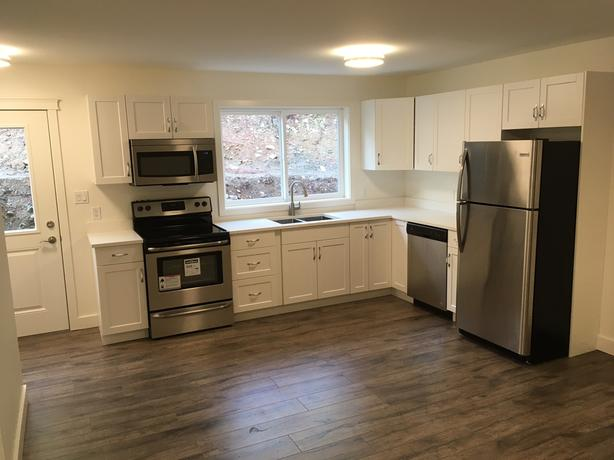 Suite 2 bedroom 1 bath Available February 15th