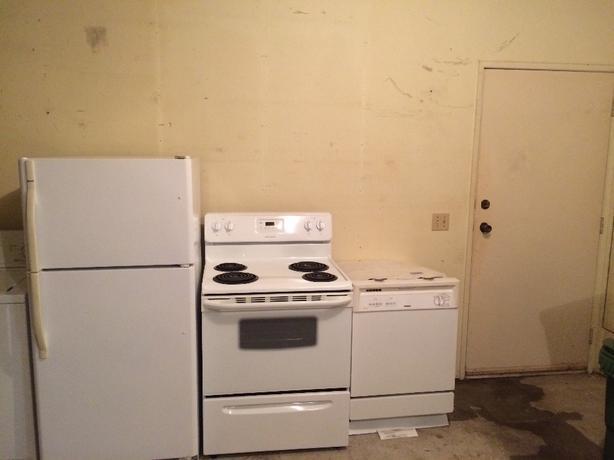 fridge stove dishwasher