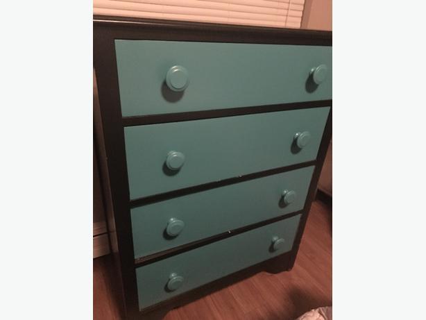 Four drawer bureau