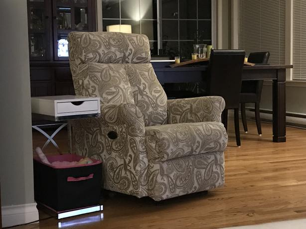 Ladies electric recliner