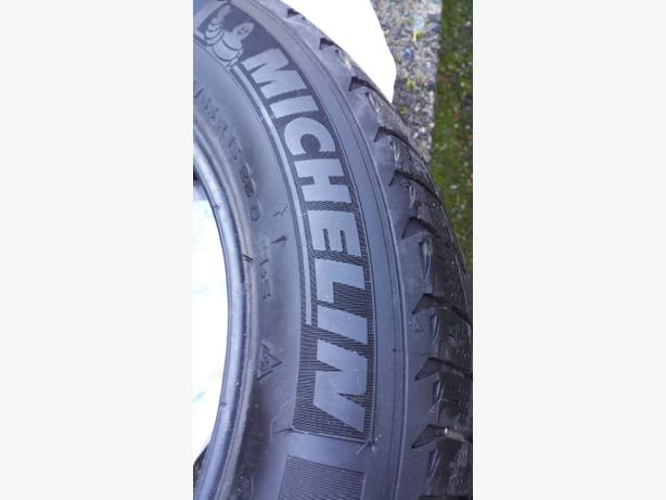 4 Used Michelin snow tires 185/65/R15
