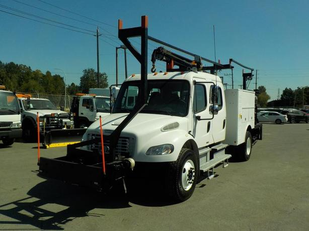 2006 Freightliner 106 Business Class M2 Crane Truck w/ Air Brakes