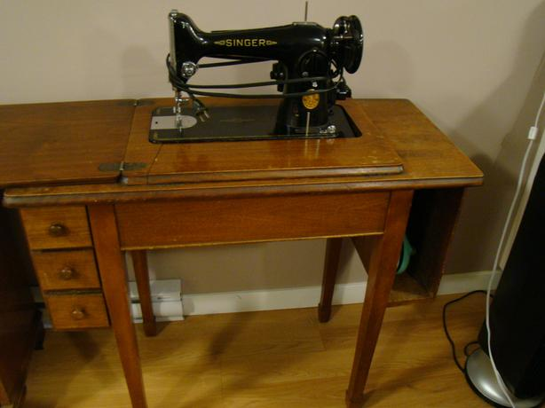 Antique Singer Sewing Machine Circa 40 West Shore Langford Stunning 1950 Singer Sewing Machine
