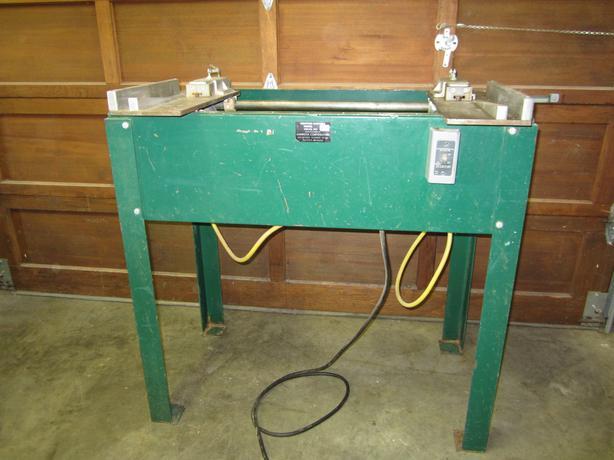 Amerlock WM15 Dual Hinge Routing Machine.