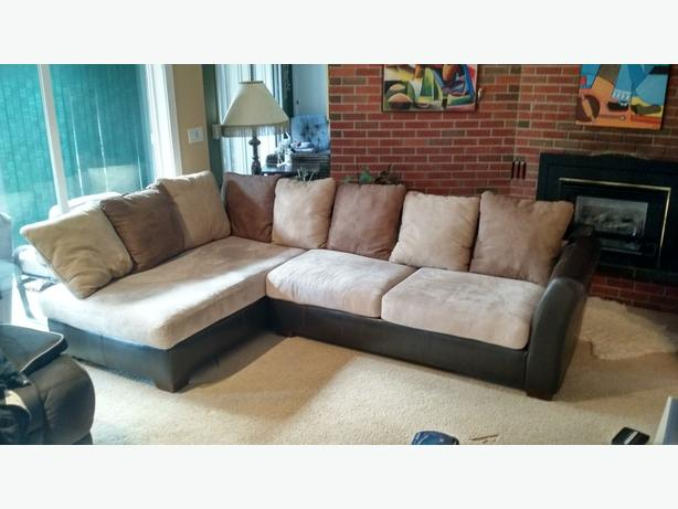perfect condition sectional sofa seats 6 fully scotch guarded