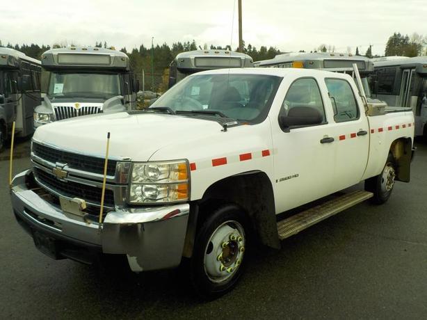 2008 Chevrolet Silverado 2500HD Crew Cab Regular Box 4WD Rail Service Truck