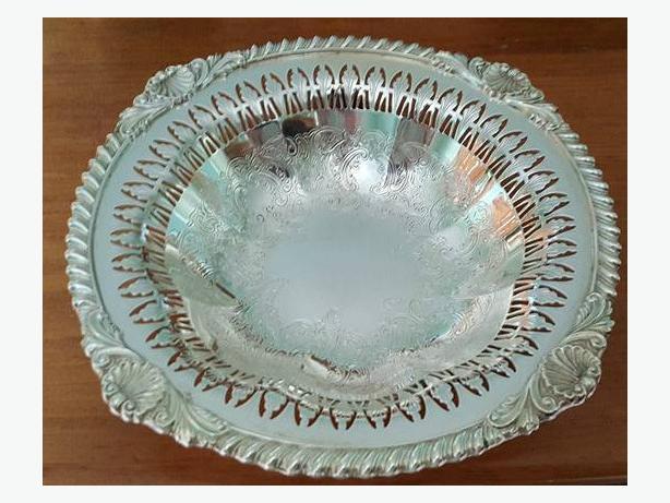 Birks Vintage Silver Plate Nut/Candy Bowls (2)