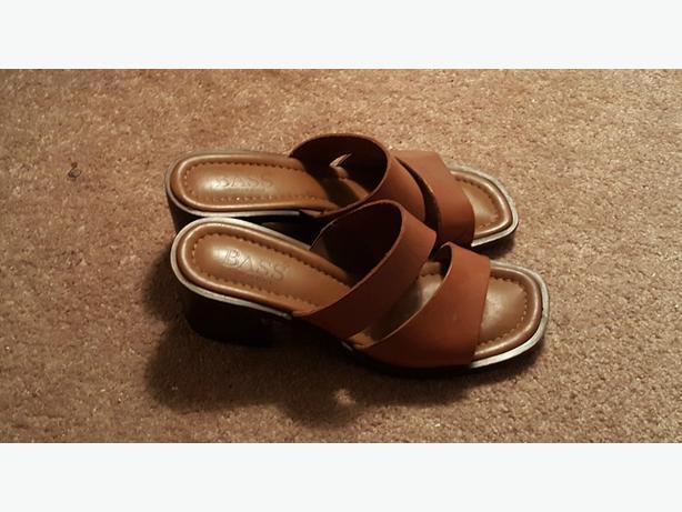 Bass Chunky Heel Sandals