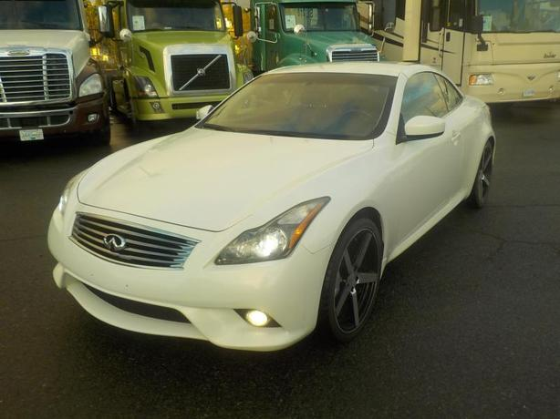 2011 Infiniti G37 S Cabriolet (Convertible) 6 Speed Manual