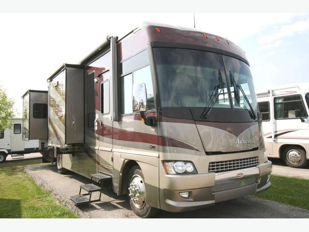 2006 Winnebago Adventurer 35A stock # 17101X