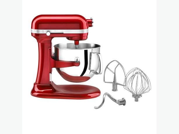 Red Kitchenaid stand mixer-make your holiday baking easier!