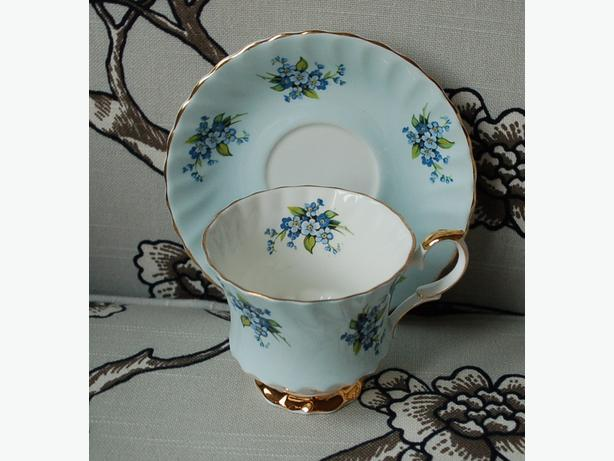 Queen Anne Vintage Blue Forget-Me-Nots Sky Blue Fine Bone China Teacup & Saucer