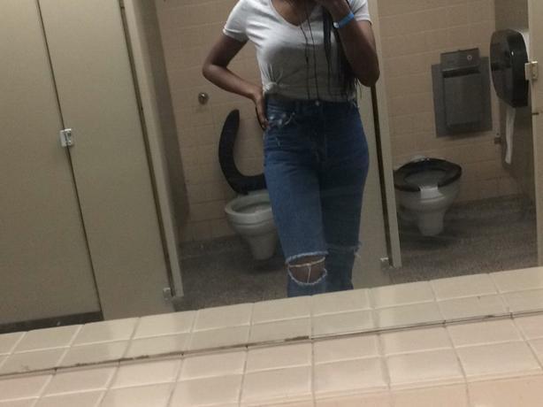 Vintage Denim Jeans 👖🦋