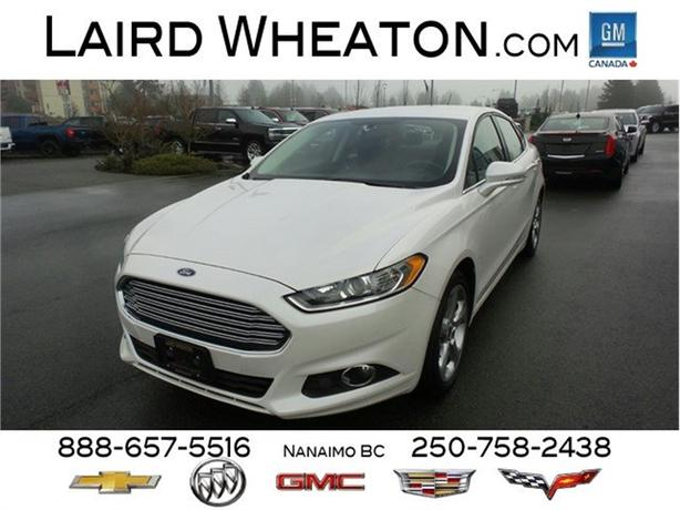 2014 Ford Fusion SE Very Clean, Automatic