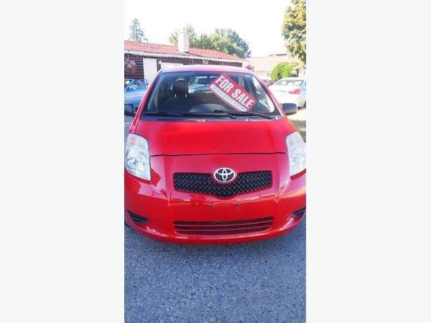 Toyota Yaris Red 4 DRHatchback