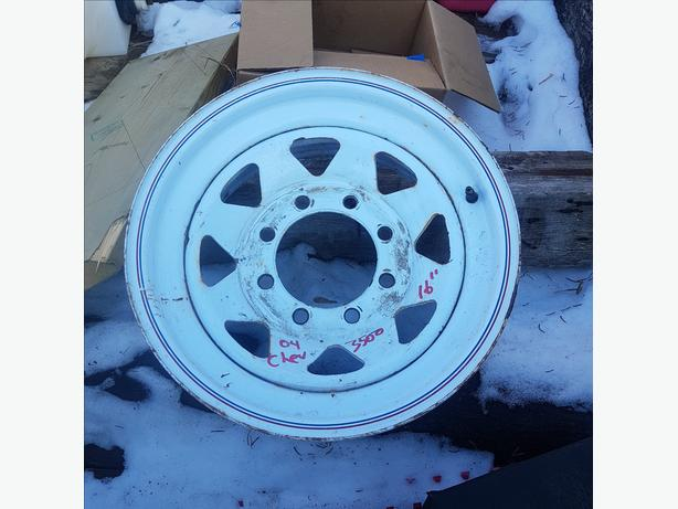 WANTED: 16 INCH 8 HOLE