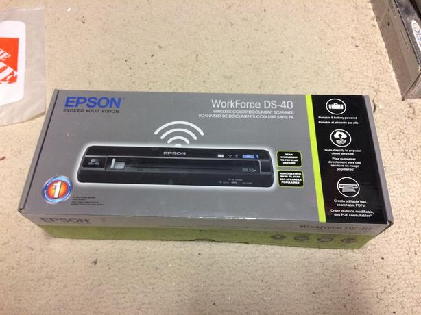 Epson DS-40 WiFi mobile color scanner (600dpi)