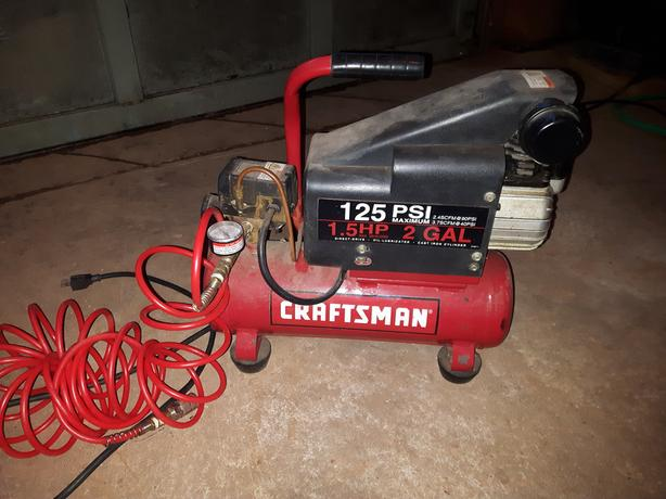 ---For Sale -- Compressor