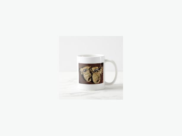Vintage Cree Mittens Coffee Mug