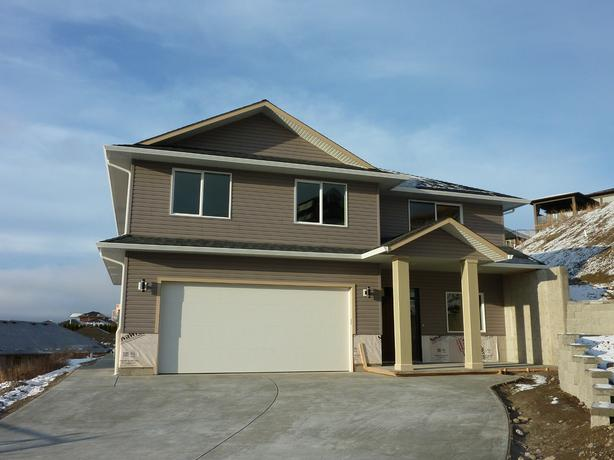NEW 4 Bedroom Family Home With BONUS Roughed In For Suite