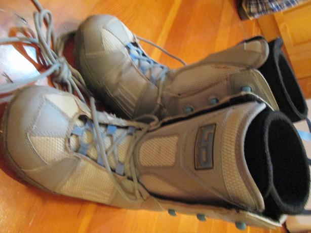 LTO Snowboard Boots Size 9
