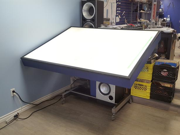 Light Table great for tattoo, drafting, art, drawing or photos