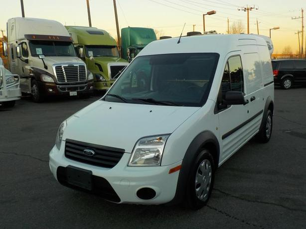 2011 Ford Transit Connect XLT with Rear Bulkhead Divider
