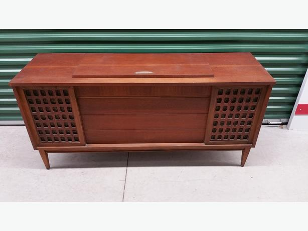  Log In needed $100 · Mid-Century Vintage Teak Electrohome Castanet Mark  II Console Stereo