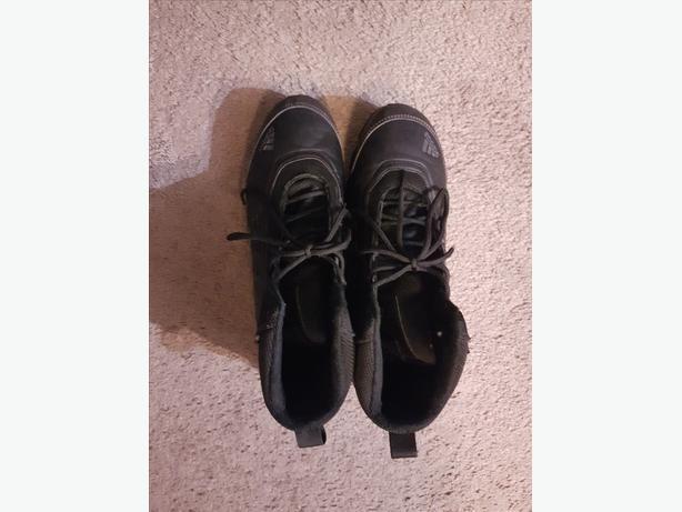 Adidas Climaheat (Primaloft) Black Hiking Shoes/Boots, Like New