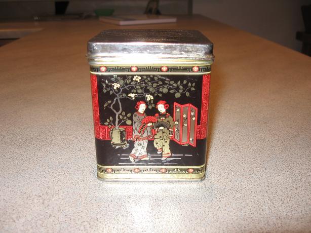 Collectible Murchie's Tea Tin