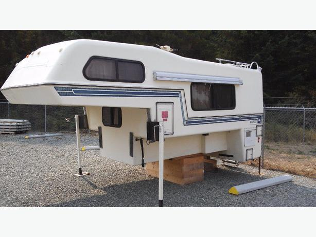 11.5 ft Bigfoot Camper