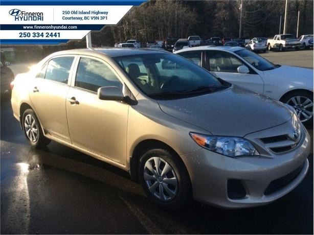 2012 Toyota Corolla LE  - one owner - local - trade-in