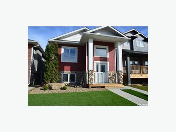 FOR RENT: Legal Suite in new Bi-Level home in Aspen Ridge