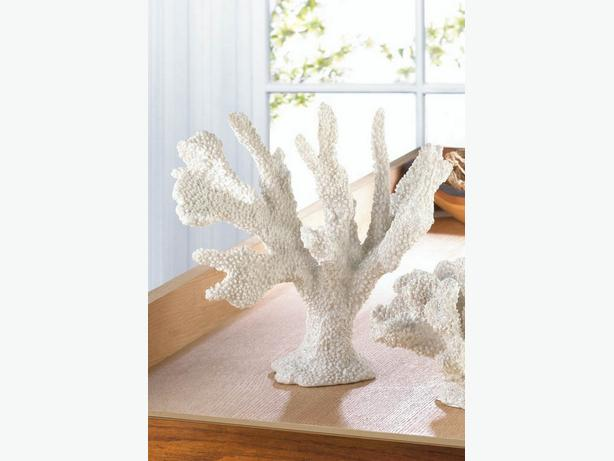 Sculpted White Coral Branch Figurine Ornament Statue & Candleholder 2PC Mixed