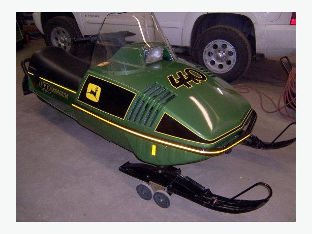 <<<<<<<<<<<  Wanted JD snowmobiles  >>>>>>>>